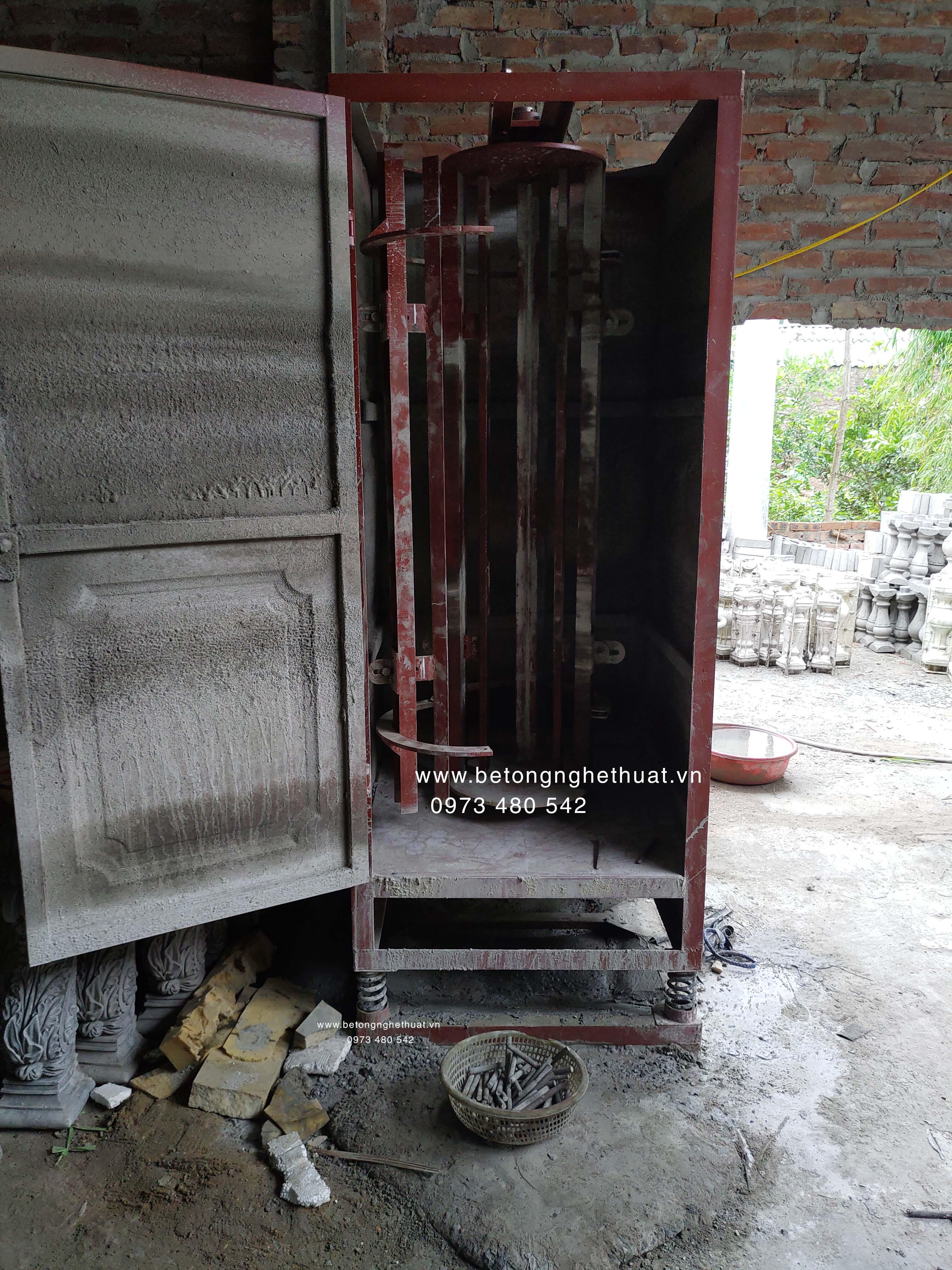 Sản xuất con tiện bê tông ly tâm