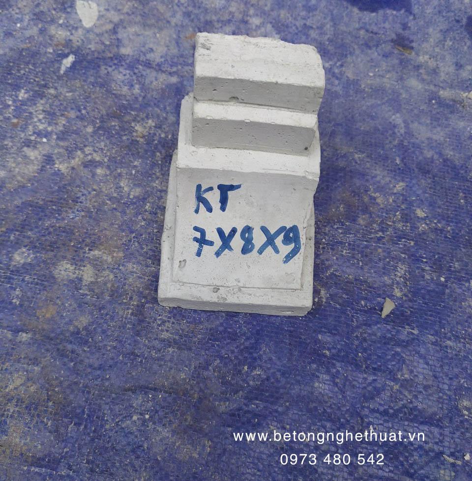 Con bọ bê tông 7x8x9cm